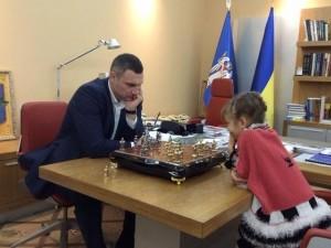 кличко за шахматами