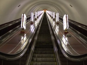 эскалатор в киевском метро