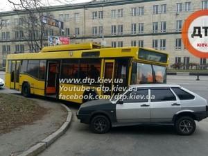 авария троллейбус киев