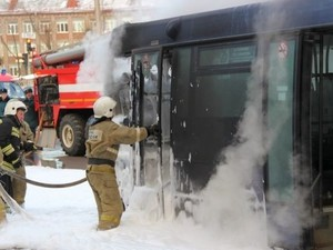 пожар в автобусе киев
