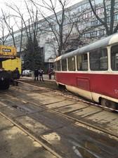трамвай сошел с рельсов киев