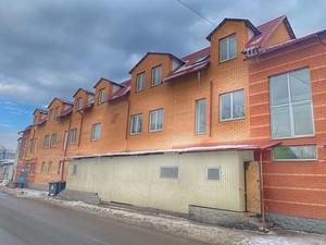 Гаражный бизнес: кто «крышует» подпольный хостел в Киеве