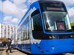 Десять новых вагонов должны поступить городу до конца года