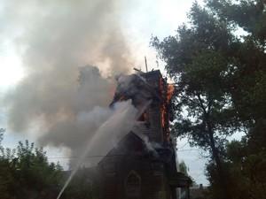 Молния уничтожила один из храмов