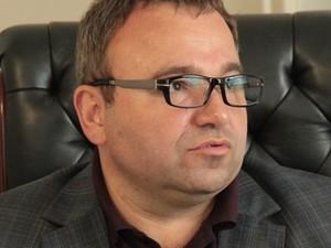 Стариченко занят тем, что помогает одному кандидату попасть в ВР