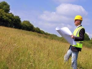 Должностные лица Госгеокадастра совершают растрату земельных участков